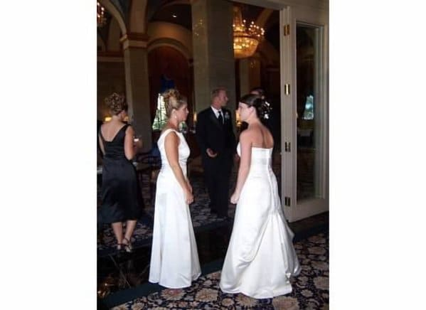 Trashy weddings, funny wedding fails, weird bride and groom photos, not so classy weddings, people being idiots at wedding reception and ceremony, funny pics, reddit r trashy