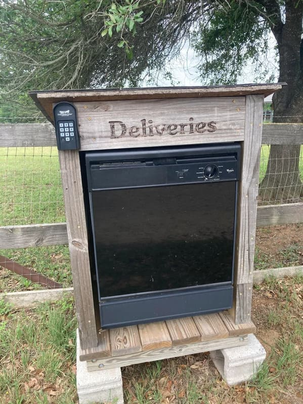 mailbox made with an oven, Funny DIY solutions, DIY fails, funny pictures of people trying to fix something and making it worse, lol, reddit, r redneckengineering, do it yourself, questionable DIY projects