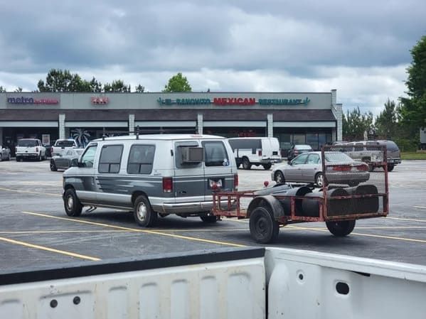 van with AC unit in window, Funny DIY solutions, DIY fails, funny pictures of people trying to fix something and making it worse, lol, reddit, r redneckengineering, do it yourself, questionable DIY projects