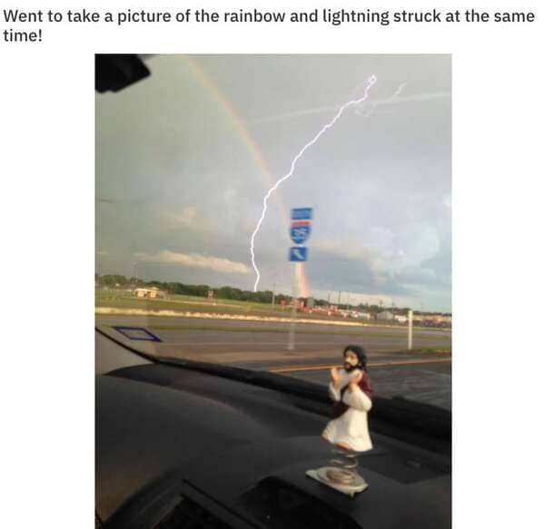 lightning striker and rainbow at the same time, Never tell me the odds, r nevertellmetheodds, reddit, funny pics, impossible moments caught on camera, things that actually happened against all odds, weird, cool, perspective