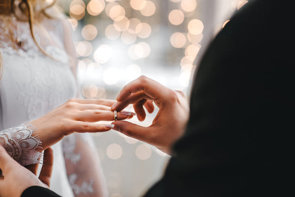ring ceremony, Funny wedding shower thoughts, Funny marriage thoughts, observations about getting married, wedding photos